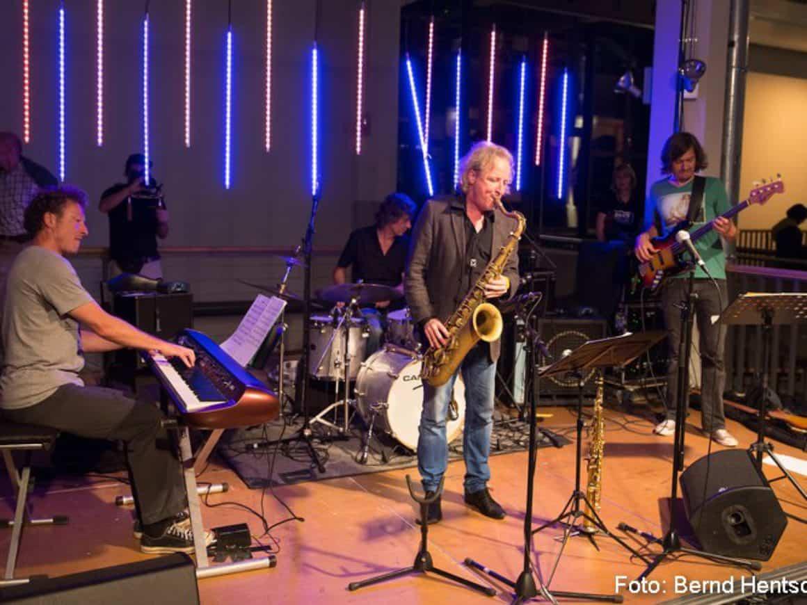 20141004_H07_JC_Peter_Lehel_Electric_Band