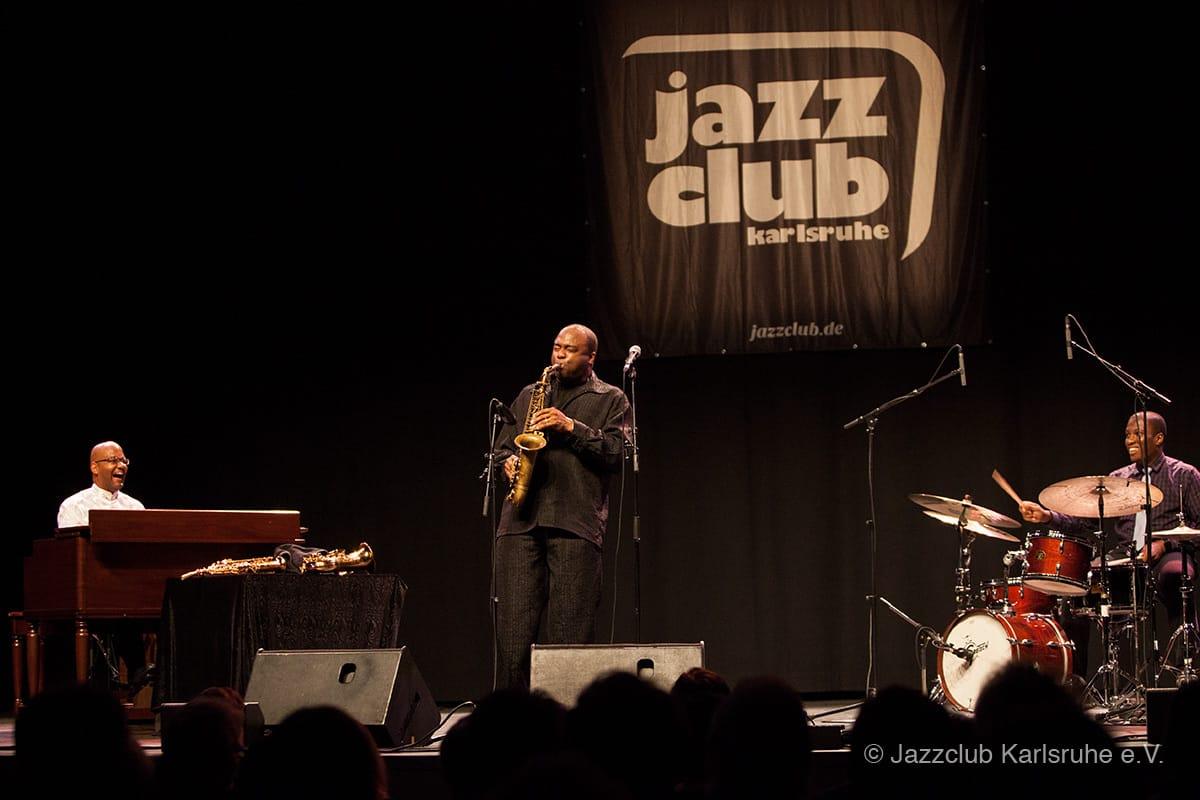 2016-01-26 James Carter Trio